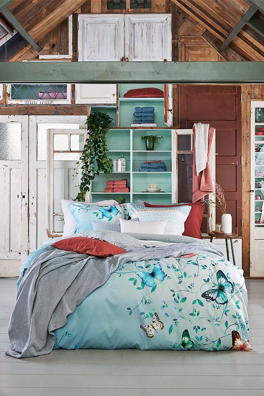 Soft-hearted, Geomatrical 187 Sea green, Pure 11 184 Faded denim, Purity 79 442 Marsala.jpg